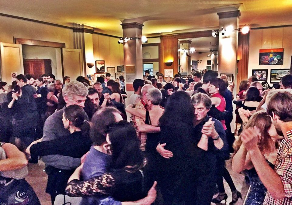 10 astuces pour apprendre à danser le tango