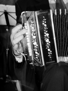 bandoneon, bandonéon, astor piazzolla, cours tango paris